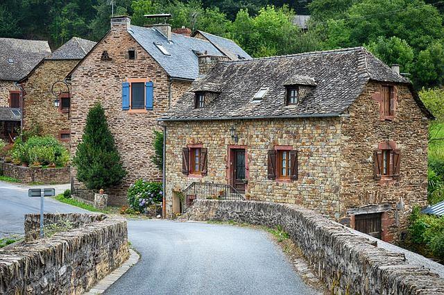 Haus-in-der-Eifel-Pixabay